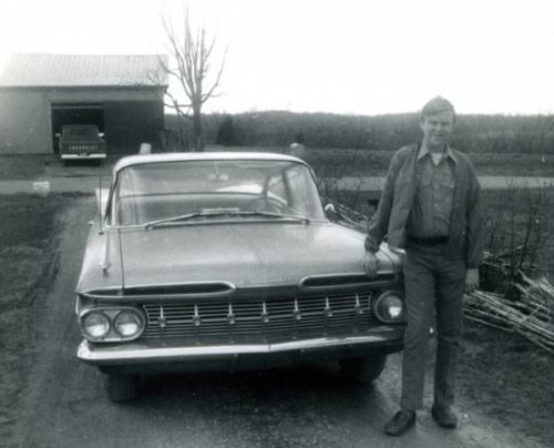larry and car
